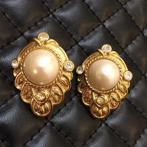 Vintage Avon Signed Gold Art Deco Pearl Earrings